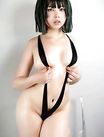 Sensual asian strumpet is giving pussy