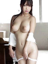Thick titted asian Bb Ran sextoy